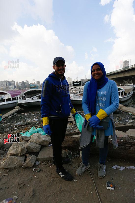 وزيرة البيئة تطلق حملة لتنظيف نهر النيل من المخلفات خاصة البلاستيكية (65)