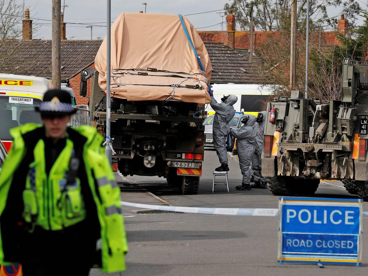الشرطة البريطانية تنظف منزل الجاسوس الروسى السابق سكريبال