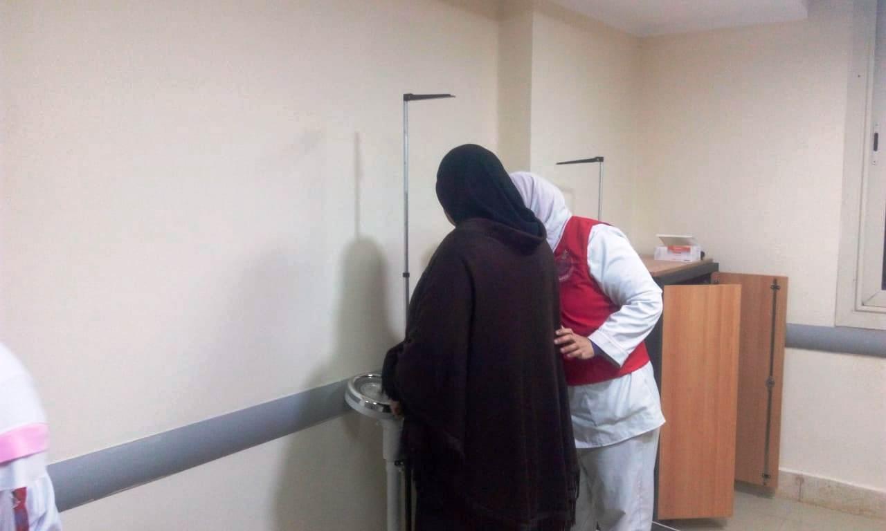 توافد المواطنين على مستشفيات الغربية لبدء فحوصات 100 مليون صحة (4)