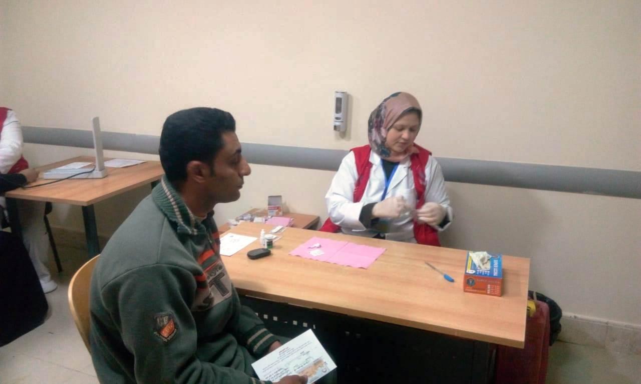 توافد المواطنين على مستشفيات الغربية لبدء فحوصات 100 مليون صحة (9)