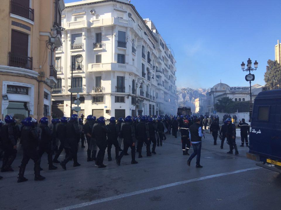 قوات الشرطة الجزائرية