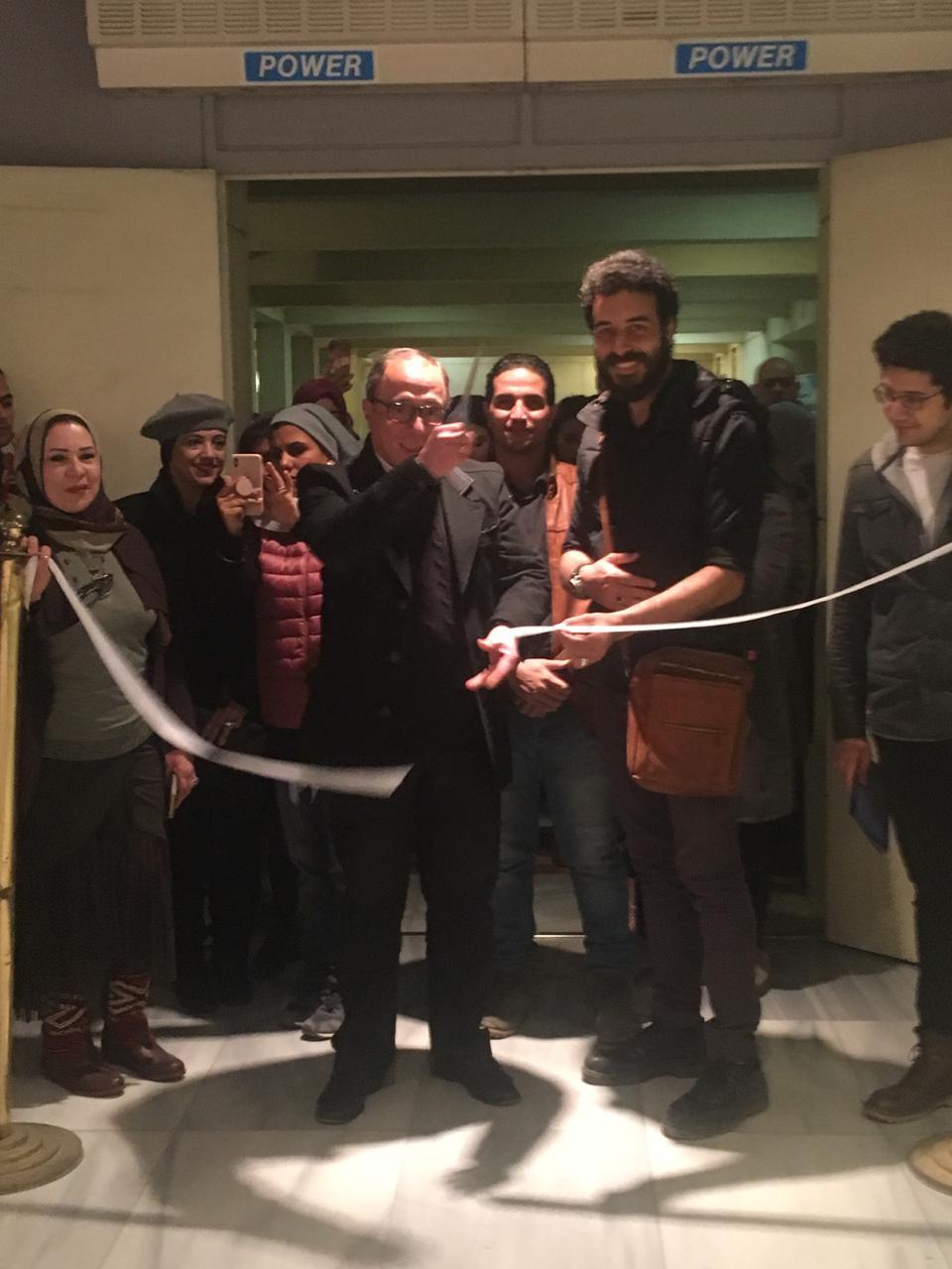 الدكتور أشرف رضا يفتتح معرض تراثنا.. رسالة إلى الماضى بدار الأوبرا المصرية (1)