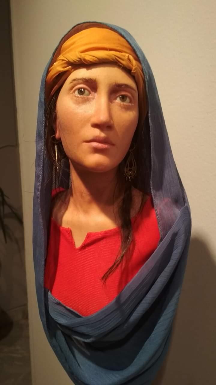 عمل فنى بمعرض تراثنا.. رسالة إلى الماضى بدار الأوبرا المصرية (3)