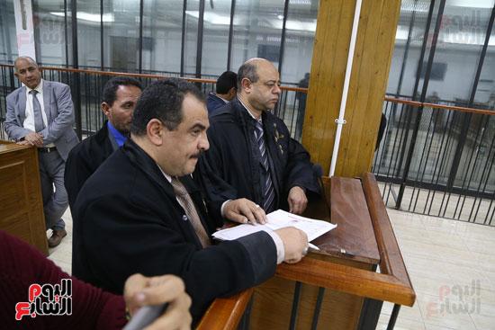 محاكمة 44 متهما بتهمة الانضمام لتنظيم داعش (5)