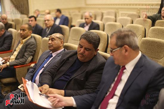اجتماع لجنة الشئون الاقتصادية (4)