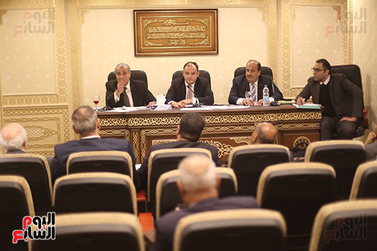 اجتماع لجنة الشئون الاقتصادية (7)