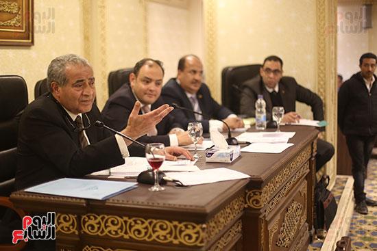 اجتماع لجنة الشئون الاقتصادية (6)
