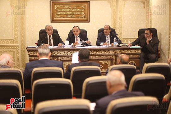 اجتماع لجنة الشئون الاقتصادية (1)