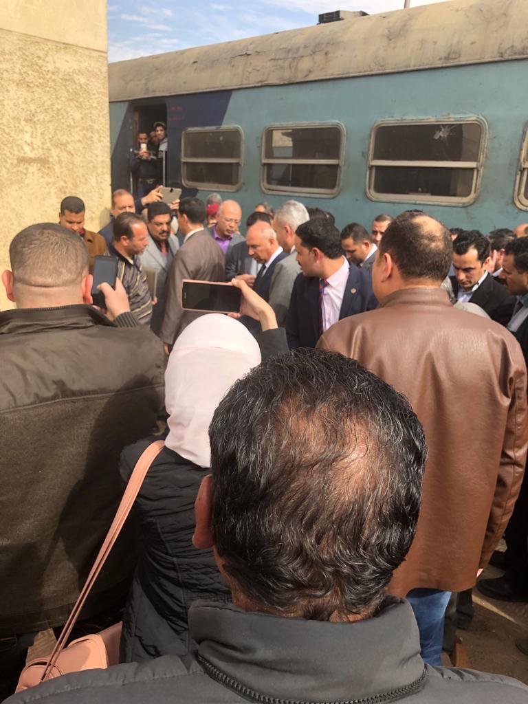 جولة وزير النقل بمحطة مصر  (18)