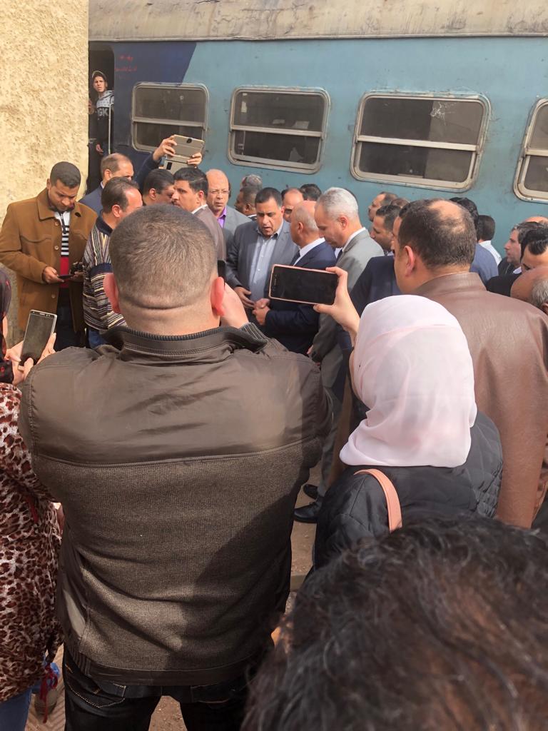 جولة وزير النقل بمحطة مصر  (21)