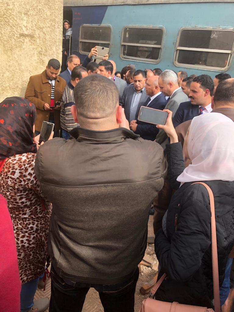 جولة وزير النقل بمحطة مصر  (22)