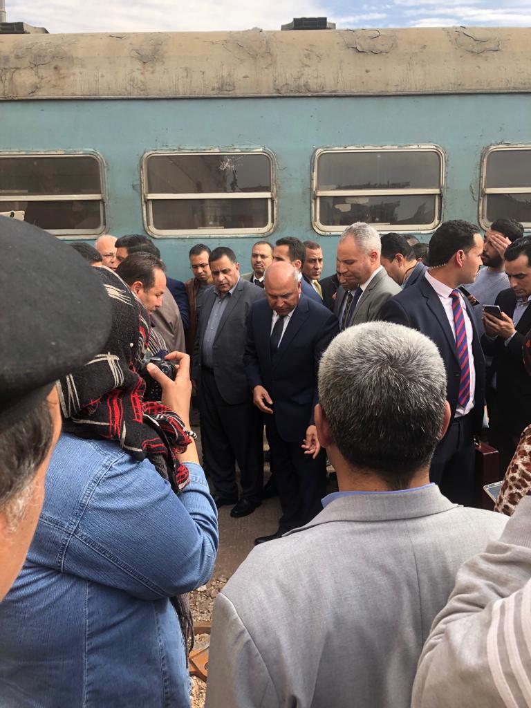 جولة وزير النقل بمحطة مصر  (3)