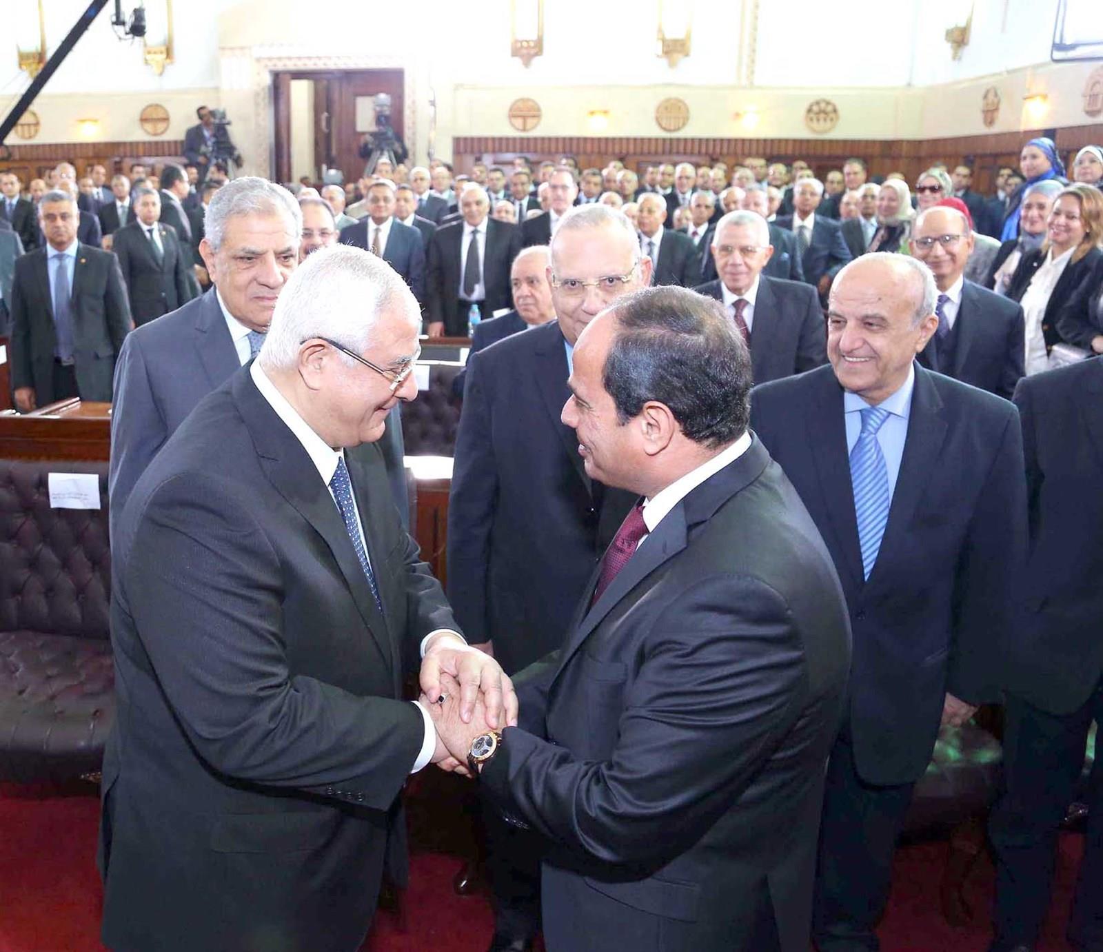 الرئيس السيسى وعدلى منصور