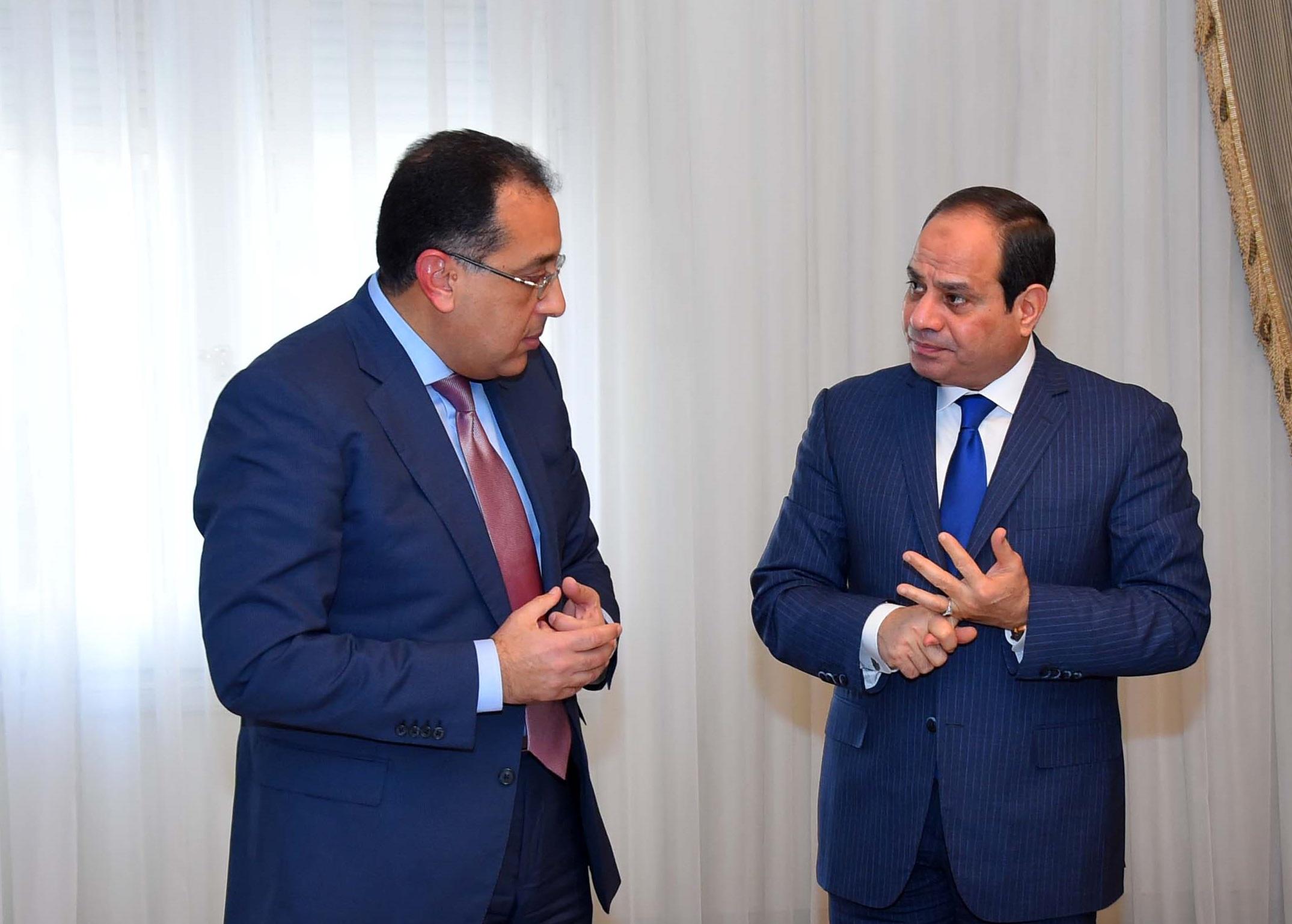 الرئيس السيسى والمهندس مصطفى مدبولى
