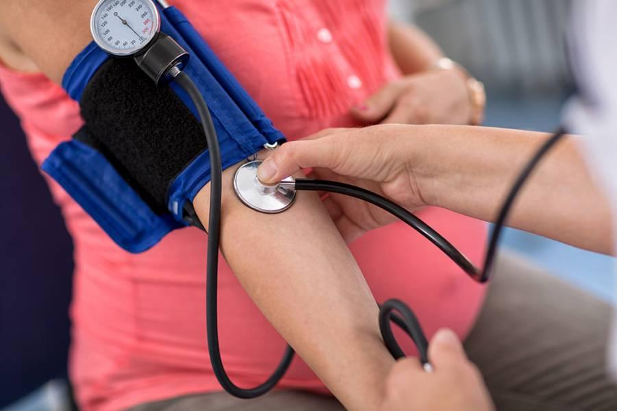 اعراض تسمم الحمل وضغط الدم