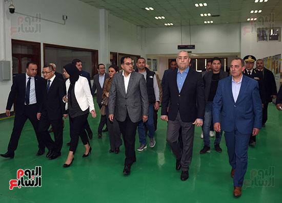 رئيس الوزراء يتابع أعمال المطورين الصناعيين بالمنطقة الاقتصادية لقناة السويس (5)