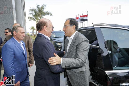 -زيارة-رئيس-الوزراء-للمنطقة-الاقتصادية-لقناة-السويس-(3)