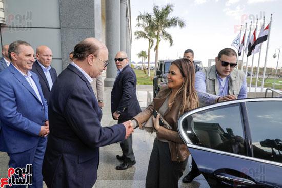 -زيارة-رئيس-الوزراء-للمنطقة-الاقتصادية-لقناة-السويس-(6)