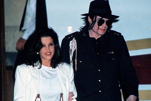 مايكل جاكسون وزوجته ليزى مارى