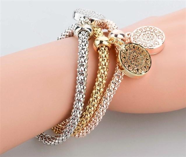 عندك خاتم أو أسورة فيها خدش  (1)