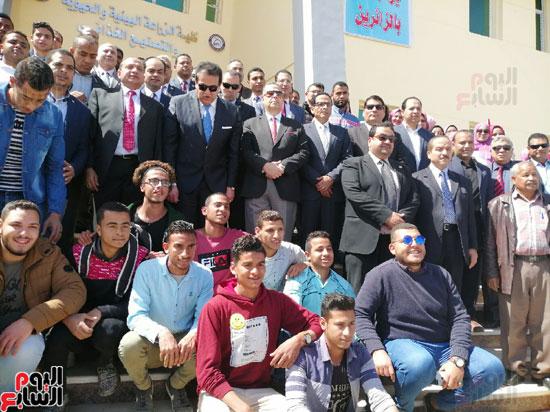 وزير-التعليم-العالى-يفتتح-13-منشأة-بجامعة-بنى-سويف-(2)