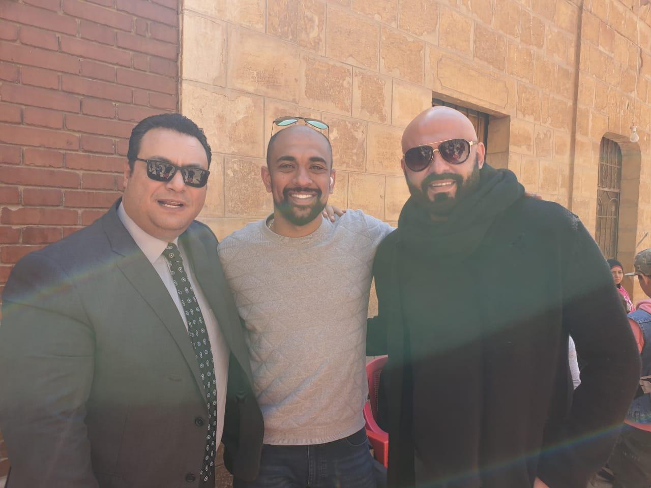 مراد مكرم واحمد صلاح حسنى والمخرج حسام على