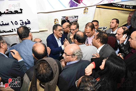انتصار  ضياء رشوان بمنصب نقيب الصحفيين (2)