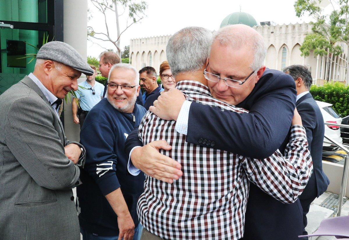 رئيس وزراء استراليا يعزى أفراد وقادة الجالية الإسلامية
