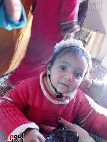 وفاة طفلة سورية سقطت بماسورة (1)
