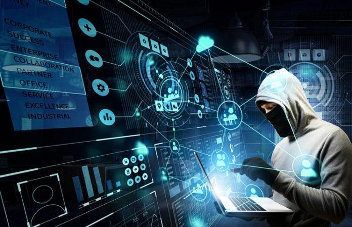 ارتكاب جرائم الانترنت