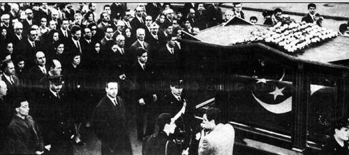 جنازة الملك فاروق فى ايطاليا