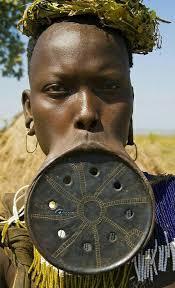 مد الشفاه فى اثيوبيا