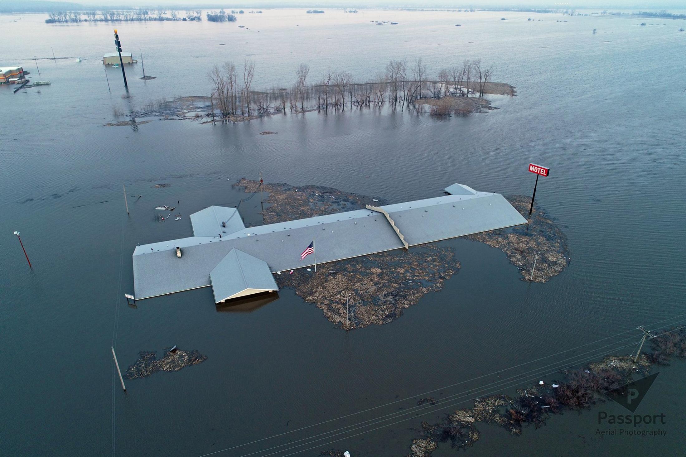 فيضانات (7)