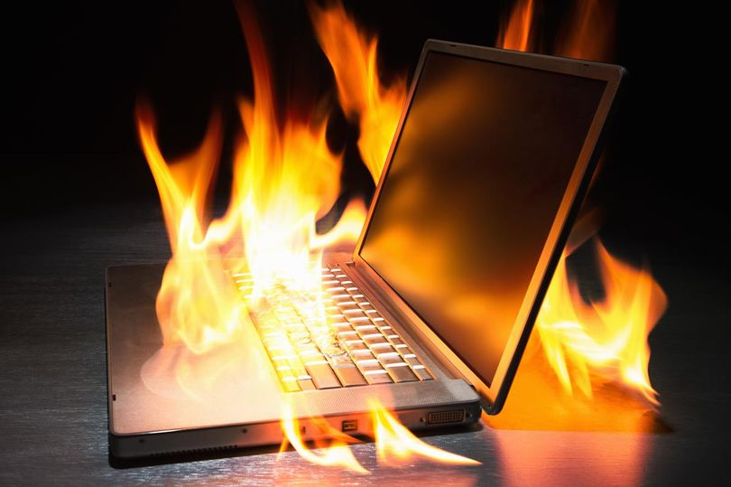 Laptop-computer-on-fire