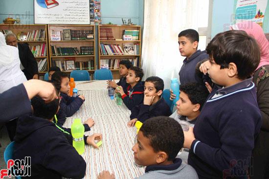 وزيرة الصحة تطلق حملة القضاء على الديدان  (14)