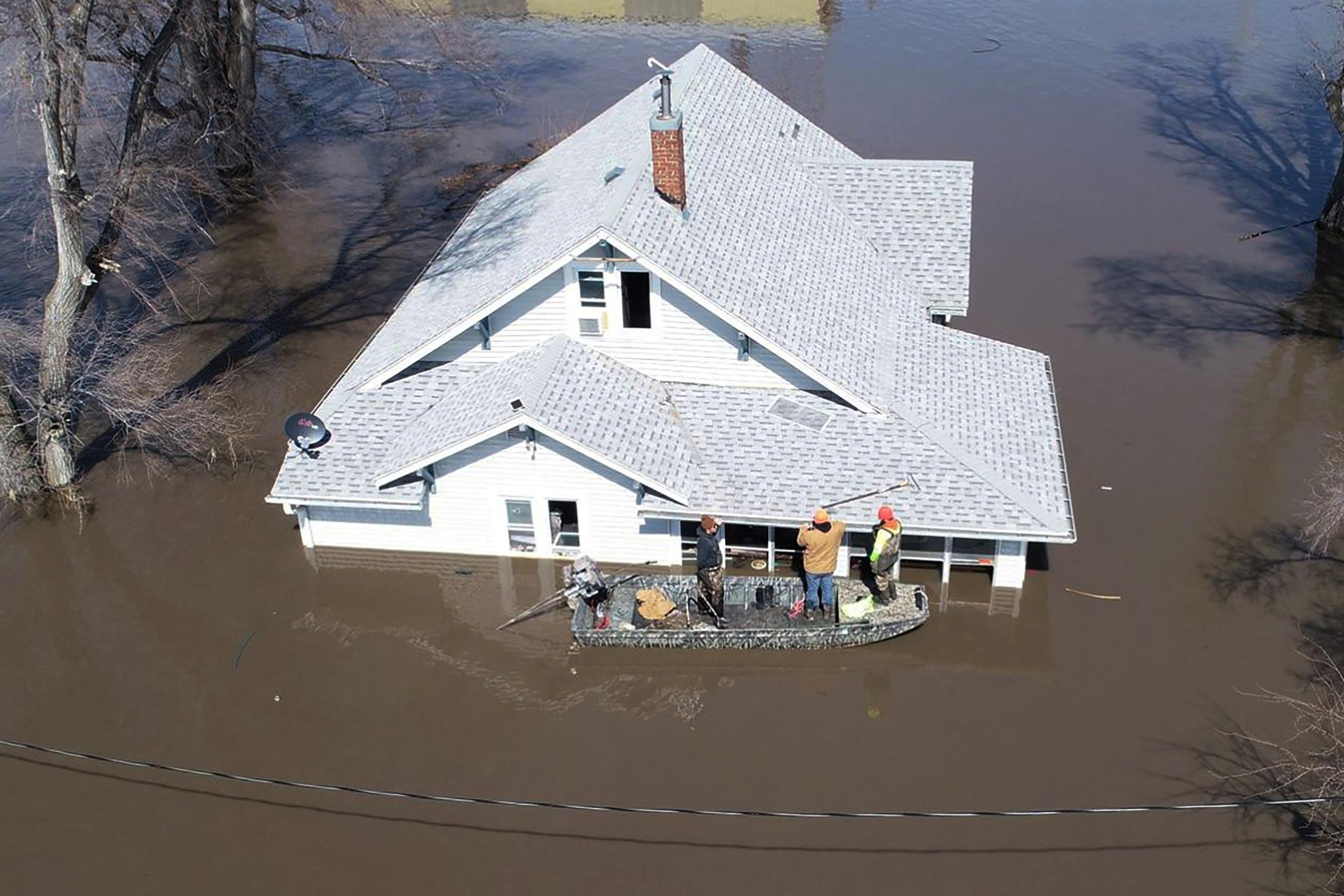 فيضانات (8)