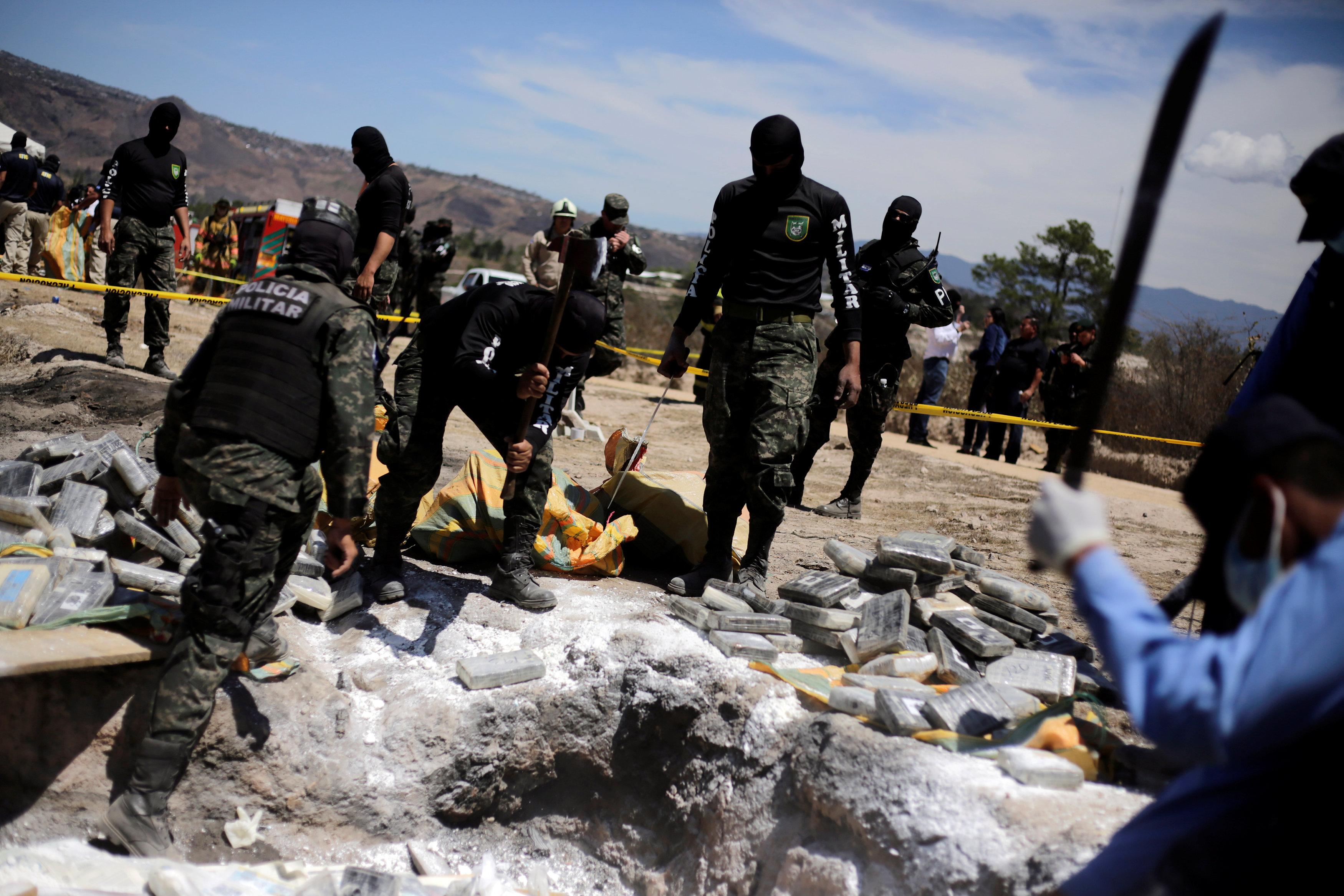 تدمير المخدرات فى هندوراس (1)