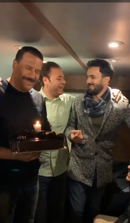 احتفال أصدقاء ماجد بعيد ميلاده