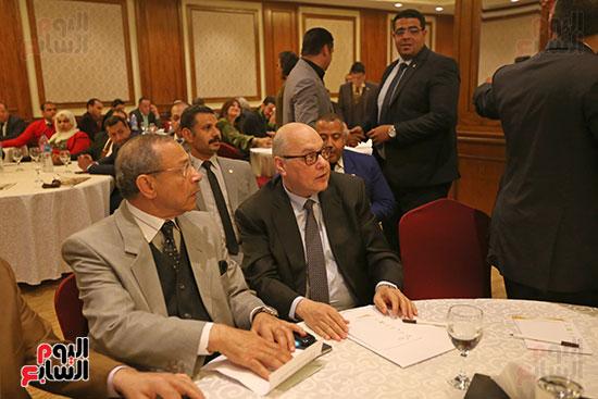 37 حزبا يعلنون موافقتهم على التعديلات الدستورية (3)