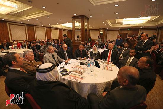 37 حزبا يعلنون موافقتهم على التعديلات الدستورية (18)
