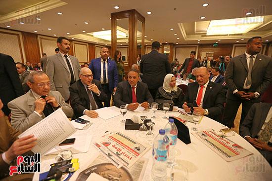 37 حزبا يعلنون موافقتهم على التعديلات الدستورية (1)