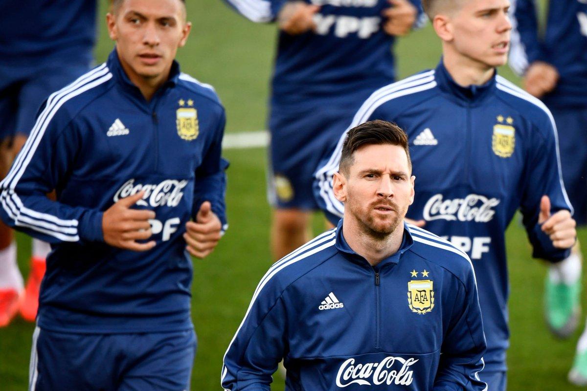 ميسي فى تدريبات الأرجنتين