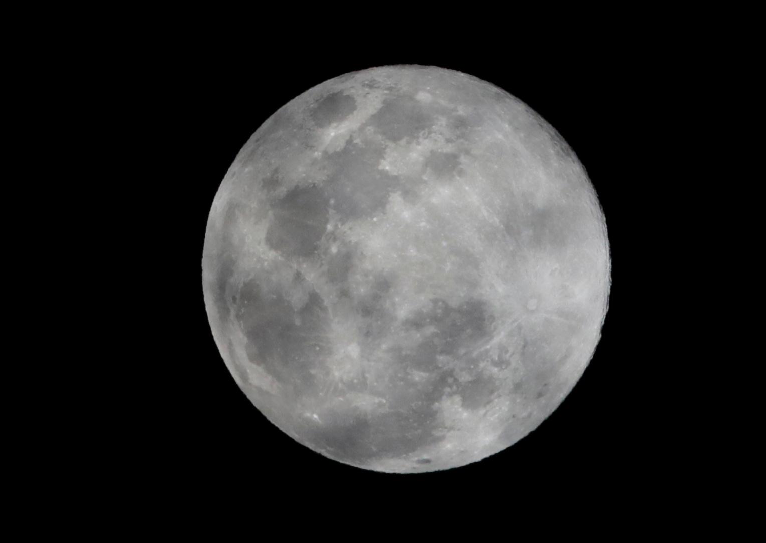 القمر العملاق فى المكسيك