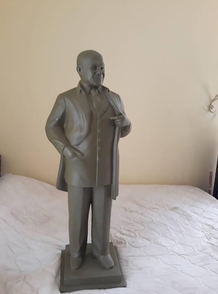 تمثال مجدى يعقوب من تصميم محمد ثابت  (1)