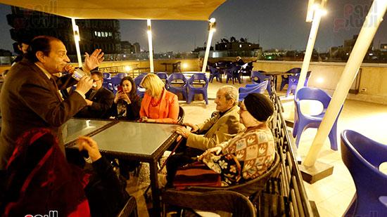 الصحفيون يحتفلون بزواج حسين قدرى (2)