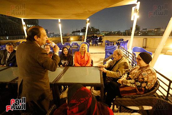 الصحفيون يحتفلون بزواج حسين قدرى (17)
