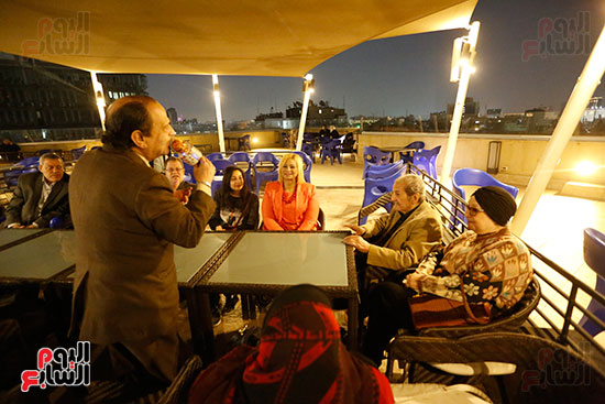 الصحفيون يحتفلون بزواج حسين قدرى (15)