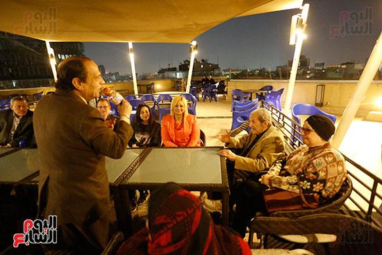 الصحفيون يحتفلون بزواج حسين قدرى (18)