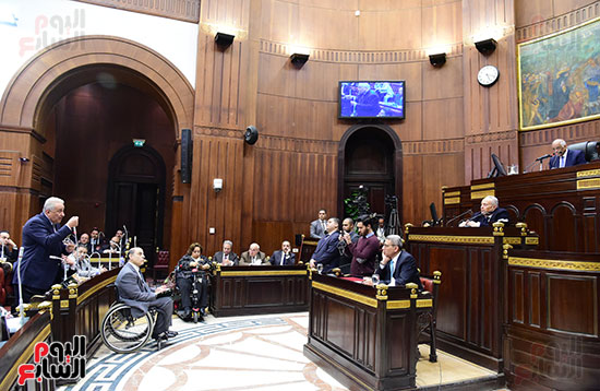 لجنة الشئون الدستورية والتشريعية (28)