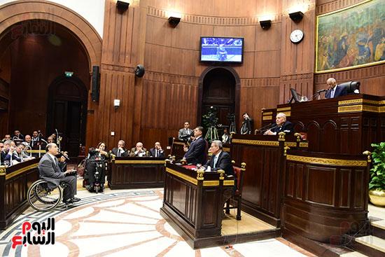 لجنة الشئون الدستورية والتشريعية (18)